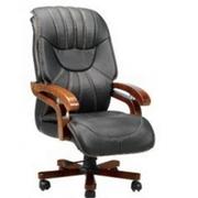 Кресло кожаное В-093
